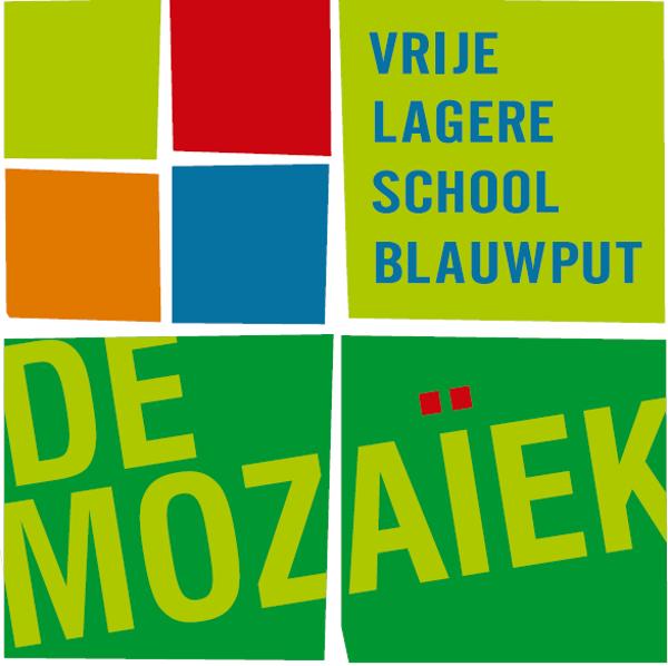 een kleurrijk vierkant. In de rechterbovenhoek staat Vrije Lagere school Blauwput en in de onderste helft van het vierkant staat De Mozaïek